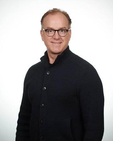 2020-03-03 Headshot - Craig Pearson0183