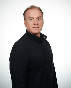 2020-03-03 Headshot - Craig Pearson0186