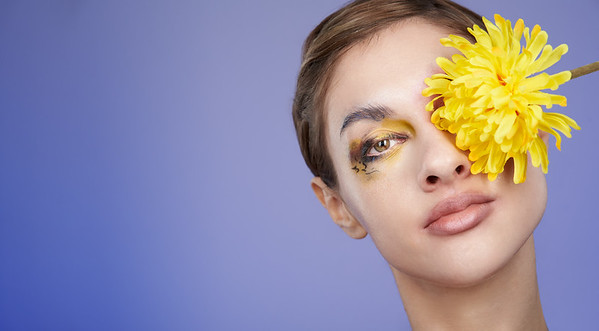 200f2-ottawa-headshot-photographer-Anna Della Zazzera Makeup 13 Jan 201944719-Christine Hager-Web
