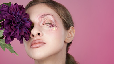 200f2-ottawa-headshot-photographer-Anna Della Zazzera Makeup 13 Jan 201944608-Christine Hager-Web