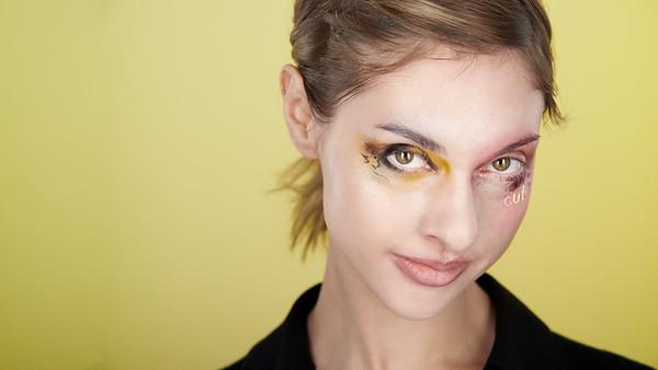 200f2-ottawa-headshot-photographer-Anna Della Zazzera Makeup 13 Jan 201944750-Christine Hager-Web