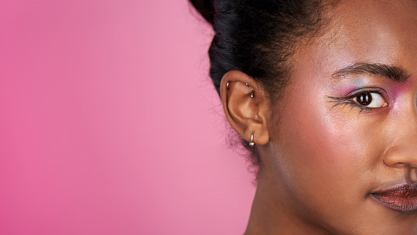 200f2-ottawa-headshot-photographer-Anna Della Zazzera Makeup 13 Jan 201944805-Nina Alleyne-Hi-Res 1