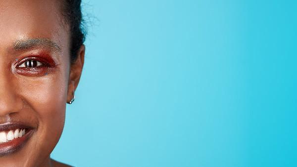 200f2-ottawa-headshot-photographer-Anna Della Zazzera Makeup 13 Jan 201944919-Nina Alleyne-Web 1