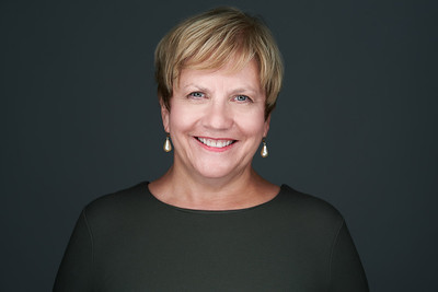 200f2-ottawa-headshot-photographer-Bobbi Bates 11 Jul 201951671-Web