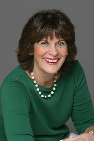 Cathy Darcy headshots for Dr Scott Kenward- cosmetic dentistry