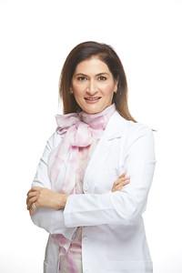 2019_01_22-Dr NancyAziziHeadshots05623