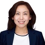 200f2-ottawa-headshot-photographer-Zhu-Maggie-295x210