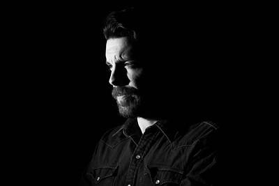200f2-ottawa-headshot-photographer-Max Thibault 26 Mar 201947074-Hi-Res
