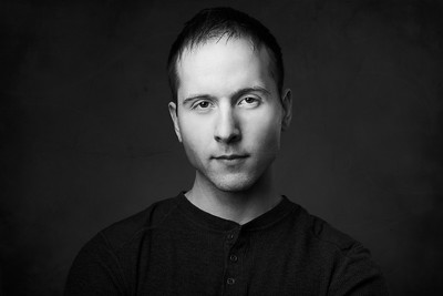 200f2-ottawa-headshot-photographer-Renny Jachowicz 27 Mar 201947151-Hi-Res 1