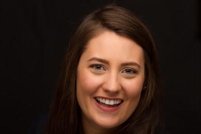 Kirsten Headshot (111 of 116)