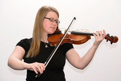 Female 2 violinist 1