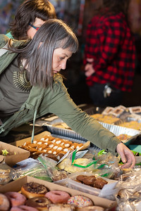 19-10 PVRW Spring 2019 Launch Party Bake Sale 040