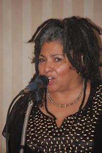 Val Sings