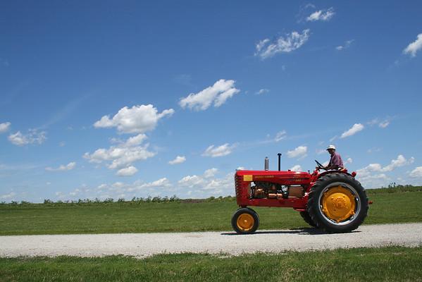 Massey Tractors 08