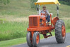 Allis Chalmers : Allis Chalmers tractors at cruise.