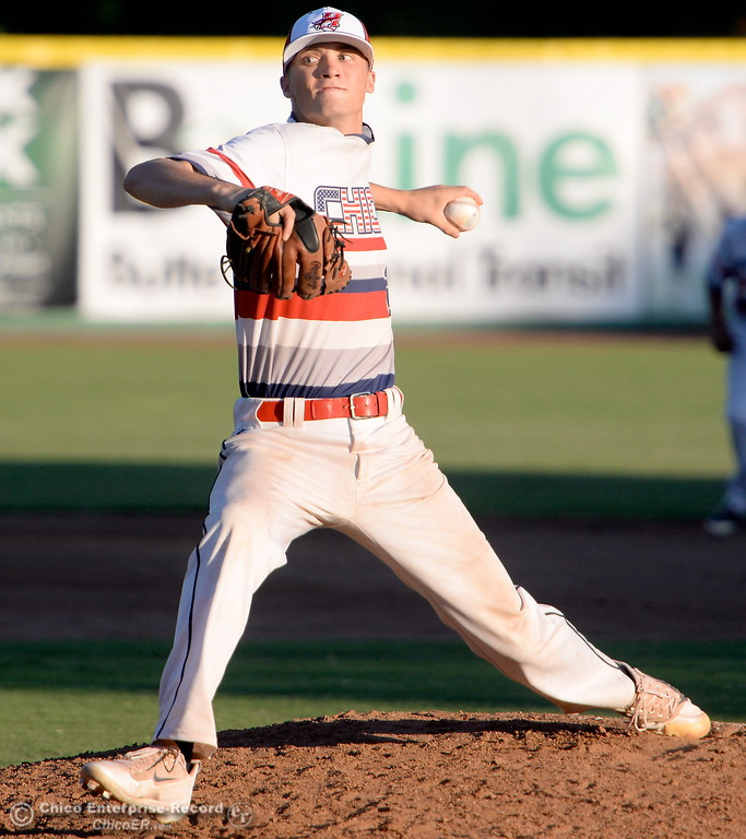. Heat pitcher #29 Lucas Knowles fires toward the plate against all stars from four different teams in the GWL during the Chico Heat vs All Stars baseball game at Nettleton Field in Chico, Calif. Mon. July 24, 2017.  (Bill Husa -- Enterprise-Record)