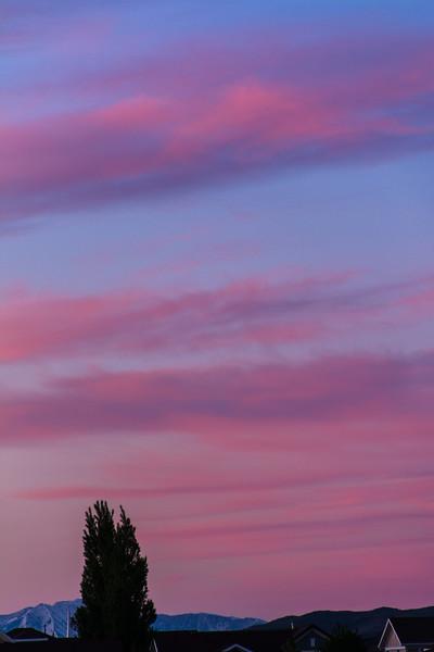 SRc1605_5547_Moon_Clouds
