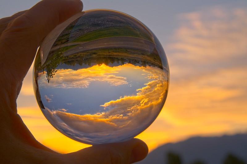 SRd1809_9107_GlassBall_Sunrise_at300