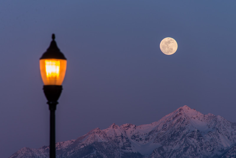 SRb1503_0694_Moonrise