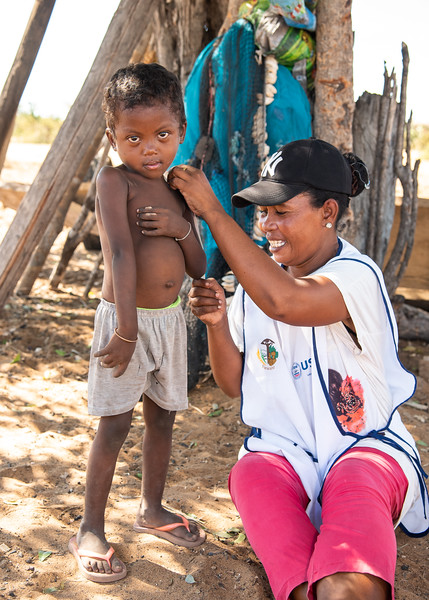 Child 4: Odon Lahiriniko made his last SPC in February where his PB is 129 (son of Patrick, 37 years old - father of 4 children, mason). Despite regular monitoring for 3 years, the child is still affected by malaria and diarrhea and is generally filiform (like his 3 siblings).