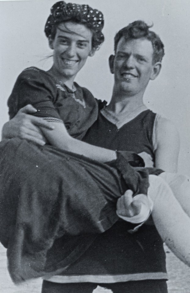 Honeymoon in Corpus Christi<br /> <br /> Note the bandage on Grandaddy's left hand.  He lost fingers in a railroad injury.  He worked for the railroad until the great national railroad strike of 1922. The railroad strike was extremely hostile and the national guard was called out to stop the fighting.   After that, he went to work for Alabama Power.<br /> <br /> Jim & Tez were married in 1916.