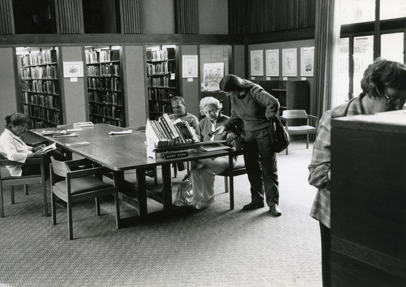 Visitors in Library Reading Room, 1985
