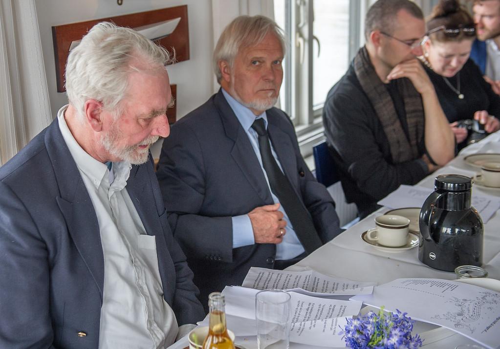 HELGAS NORSKE 'KUSINEFÆTTER' MINDEDES MED SØRGMUNTRE OPLEVELSER