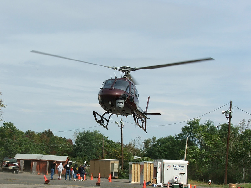United States Government<br /> 2001 Eurocopter AS 350 B2