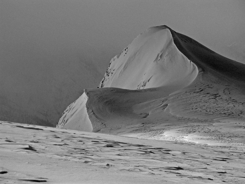 wind swept snow ridge at the top of Snow Ocean, southern Selkirks