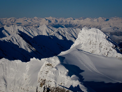 last run of a great day on Syphax Glacier, seen from the top of Mt.Syncline