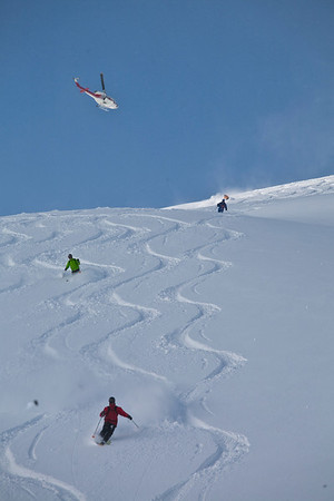 Alberto shows us that he can ski too, followed by Rainer and Peter. Group 2 landing behind us on Purple Heart