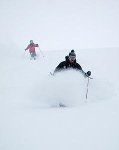 Italian ski instructors show how it's done