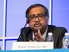 Arjun Lakshman, MD speaks during the Relapsed Multiple Myeloma session