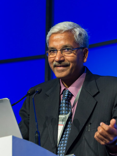 Lalit Kumar, MD speaks during the Managing myeloma with limited resources: Regional experiences session