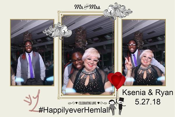 Hemlall Mirror Booth