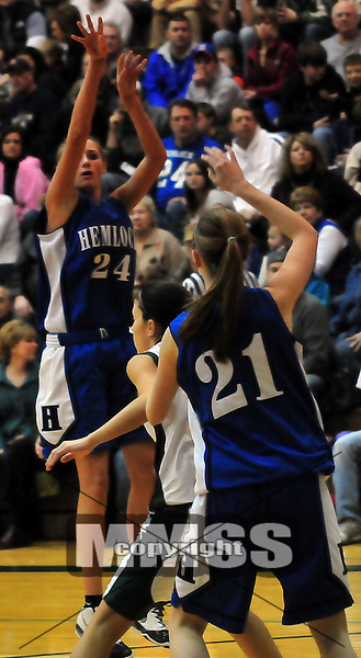 Hemlock vs Freeland (Girls basketball)