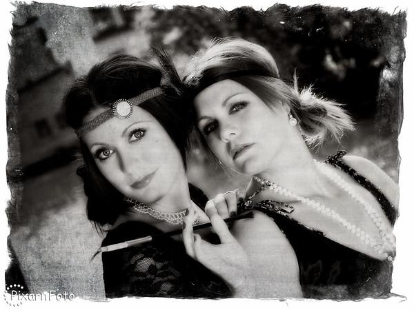 Modellfotografering i 20-talsstil med Ida och Maria