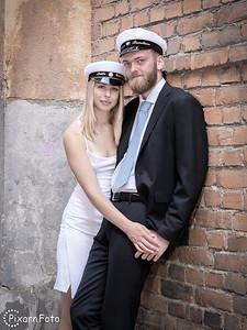Studentfoto Smilla och Gustav