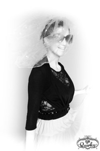 Hannah-Style-Me-Quirky-Hen-8415-2b&w-web