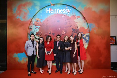 Hennessy-Dinner-Hanoi-WefieBox-Photobooth-Vietnam-Chup-hinh-in-anh-lay-lien-Toan-quoc-036
