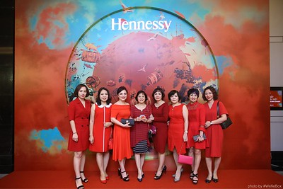 Hennessy-Dinner-Hanoi-WefieBox-Photobooth-Vietnam-Chup-hinh-in-anh-lay-lien-Toan-quoc-038