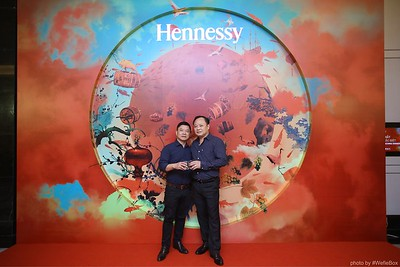 Hennessy-Dinner-Hanoi-WefieBox-Photobooth-Vietnam-Chup-hinh-in-anh-lay-lien-Toan-quoc-032