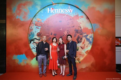 Hennessy-Dinner-Hanoi-WefieBox-Photobooth-Vietnam-Chup-hinh-in-anh-lay-lien-Toan-quoc-042