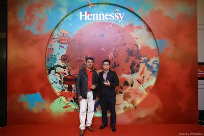 Hennessy-Dinner-Hanoi-WefieBox-Photobooth-Vietnam-Chup-hinh-in-anh-lay-lien-Toan-quoc-001