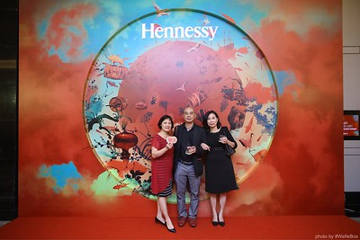 Hennessy-Dinner-Hanoi-WefieBox-Photobooth-Vietnam-Chup-hinh-in-anh-lay-lien-Toan-quoc-039