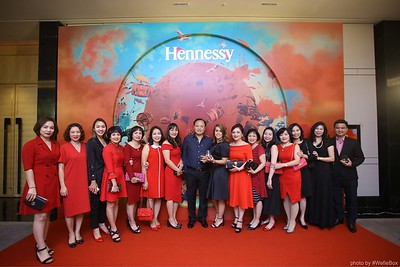 Hennessy-Dinner-Hanoi-WefieBox-Photobooth-Vietnam-Chup-hinh-in-anh-lay-lien-Toan-quoc-034
