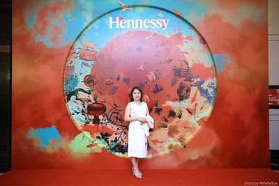 Hennessy-Dinner-Hanoi-WefieBox-Photobooth-Vietnam-Chup-hinh-in-anh-lay-lien-Toan-quoc-031