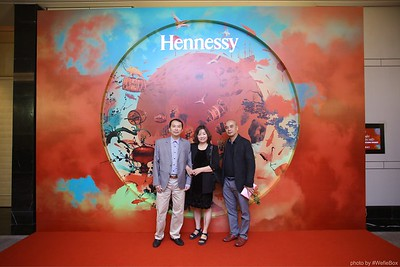 Hennessy-Dinner-Hanoi-WefieBox-Photobooth-Vietnam-Chup-hinh-in-anh-lay-lien-Toan-quoc-021