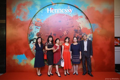 Hennessy-Dinner-Hanoi-WefieBox-Photobooth-Vietnam-Chup-hinh-in-anh-lay-lien-Toan-quoc-045