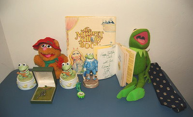 Collection of items that were on display at the Roy Rogers Museum  Some were given to Roy Rogers and Dale Evans after appearing on the Muppet Show, and others were given to Dale for her birthday